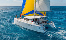 Catamaran-Charter