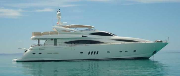 Sunseeker Yacht 105 2