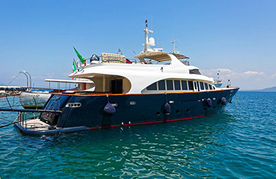 Motor-Yacht-BUGIA-for-Charter-in-Italy-(1b)