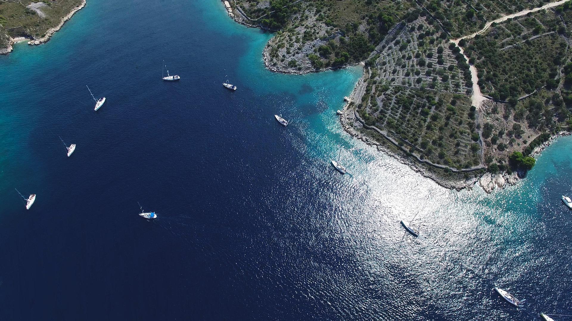Sailing Croatia Globe Yacht Charter Slide 1